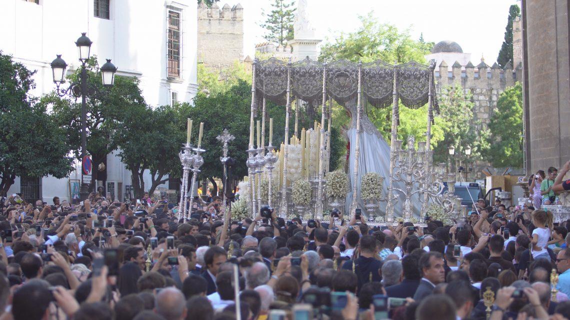 coronacion-virgen-de-la-paz-sevilla-1-octubre-20164