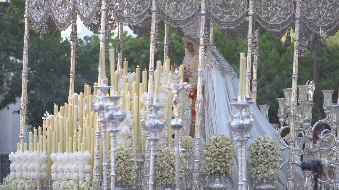 coronacion-virgen-de-la-paz-sevilla-1-octubre-20166